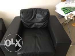 leather couches set..3 seater,2seater and 1 seater