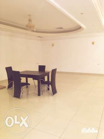 very big fully villa in quite area in mangaf المنقف -  5