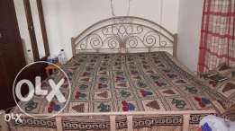 Metal double bed for for sale
