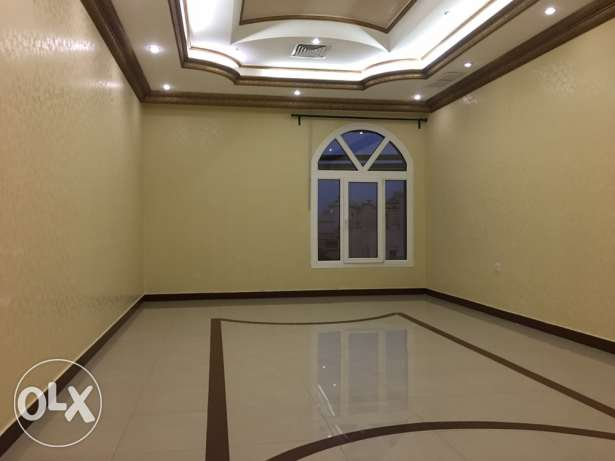 specious 3 bdr in villa apt with sea view in Mangaf