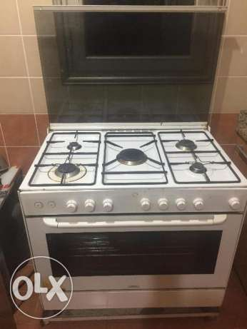 Cooking Range (5 Burners) with Regulator & Cylinder (Terim, Italy)