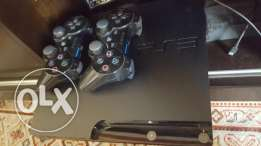 Playstation 3 (PS 3) console + 2 controllers