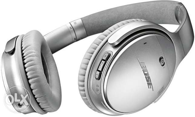 BossQuietComfort® 35 wireless headphones