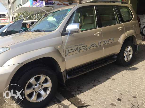 Prado 6 cylinder model 2009 golden color accident free
