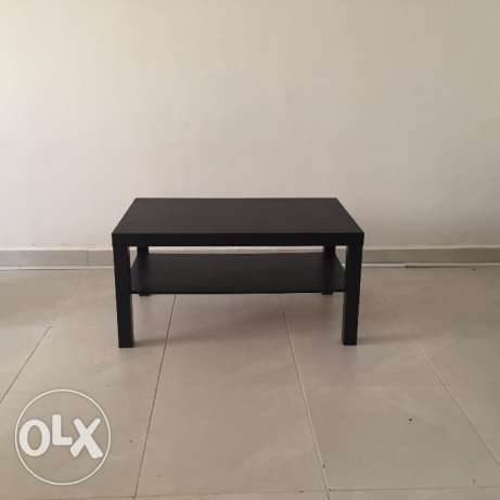 Coffee table IKEA make 15 KWD Wooden