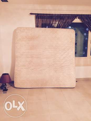 urgent sale King size Mattress
