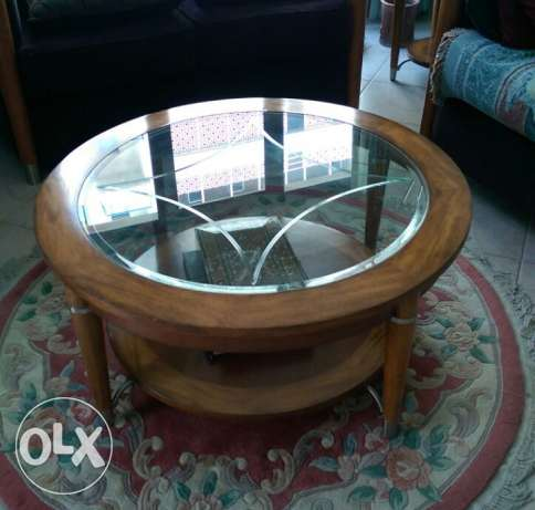 *HIGH QUALITY* Coffee Table w/ glass