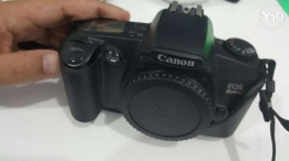 Canon EOS Rebel G SLR 35mm film camera
