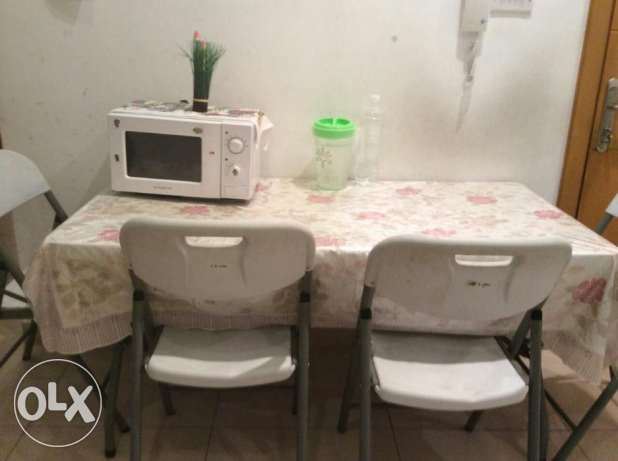 Dining table, with 4 chair! hot deals! جنوب خيطان -  1