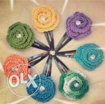 Crochet rose clips