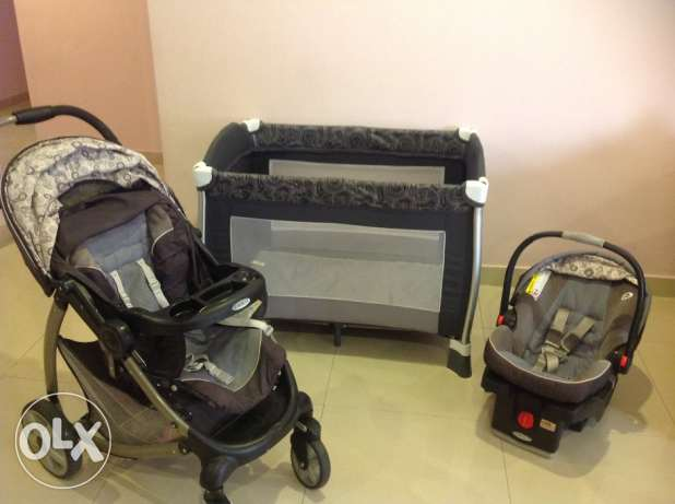 Amazing offer: Graco Baby Stroller+ car seat + IKEA crib+ play pen