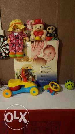 New baby Walker & kids toys in very good condition