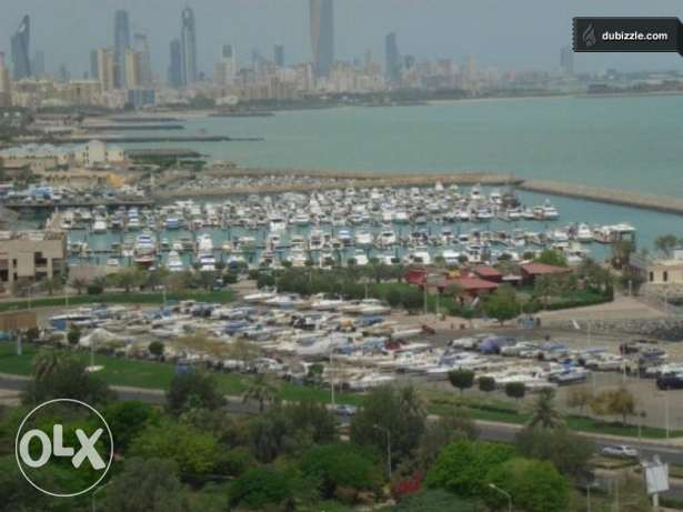 sea view 2bedroom 3 bath maid salmiya
