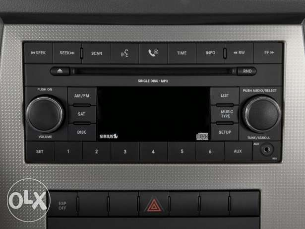 Radio and CD for Jeep grand cherokee Laredo 2008