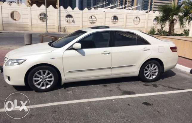 Toyota Camry GLX Full option with sunroof for sale