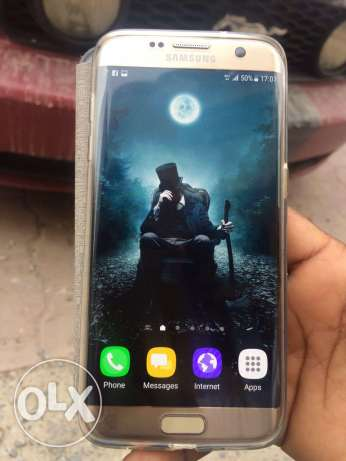 Samsung galaxy s7 edge 32gb and good condition