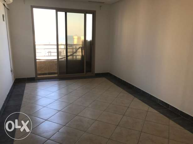 Salmiya blk 6 2bedroom 2 bath rooms