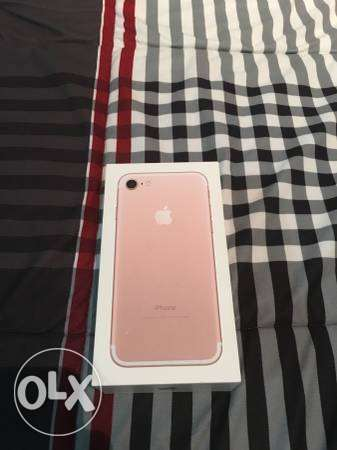 brand new iphone 7 rose gold 128gb for sale