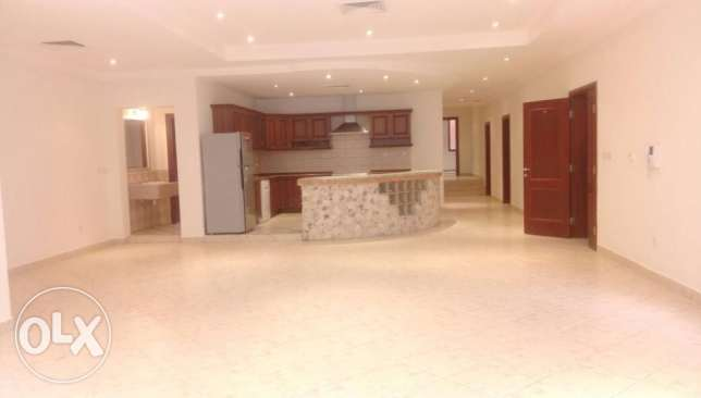 300 sqm 3 bedroom apartment for rent in Salwa - KD 950.