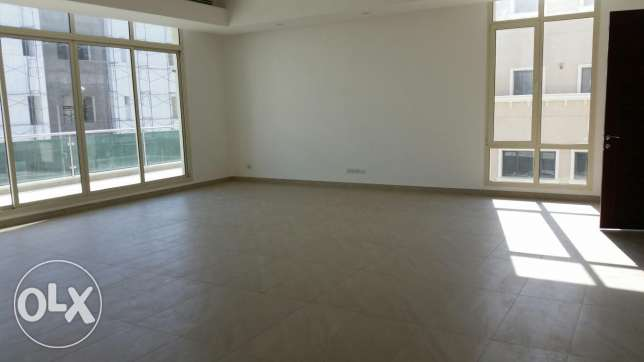 Siddeq, bright spacious floor 4 bedrooms with balcony