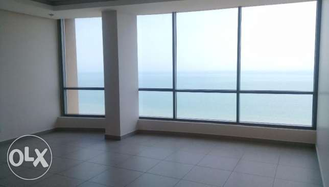 Modern and full sea view 3 bedroom flat , Salmiya KD 850 on top floor