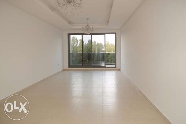 New 3 bdr apt for Westerners in Salwa