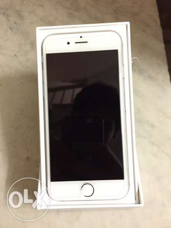 iPhone 6 Silver/White 128GB With Box and accessories.
