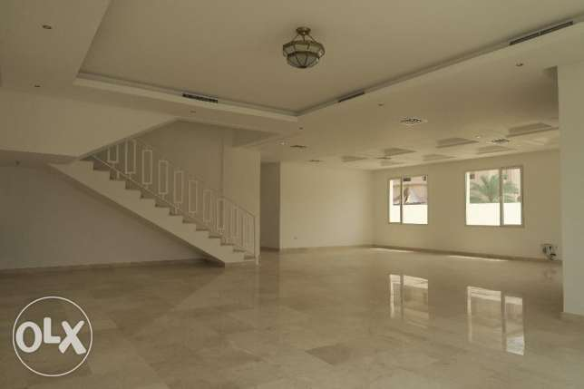 6 Bedroom Villa in Shuhada, Block 4, Property ID 055