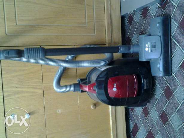 cleaning home vacuums