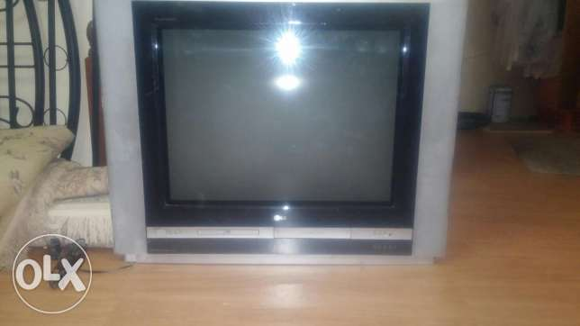 Lg good condition it has dvd and vhr