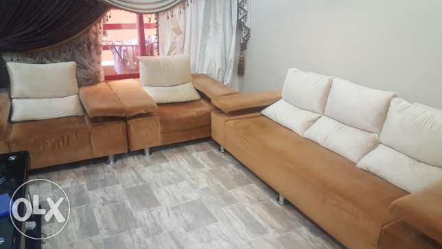 Reduce price for sofa set
