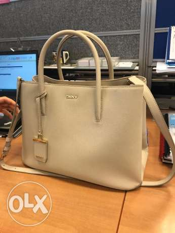 DKNY Beige colour ladies handbag