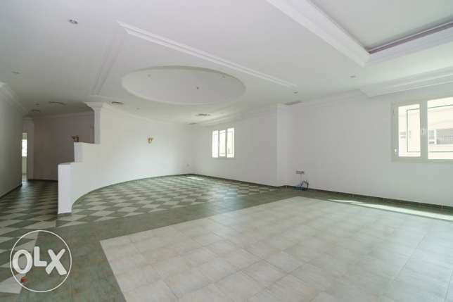 Big 3 bdr floor for expats in Salwa