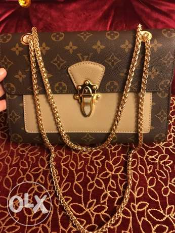 LV bag for urgen sale