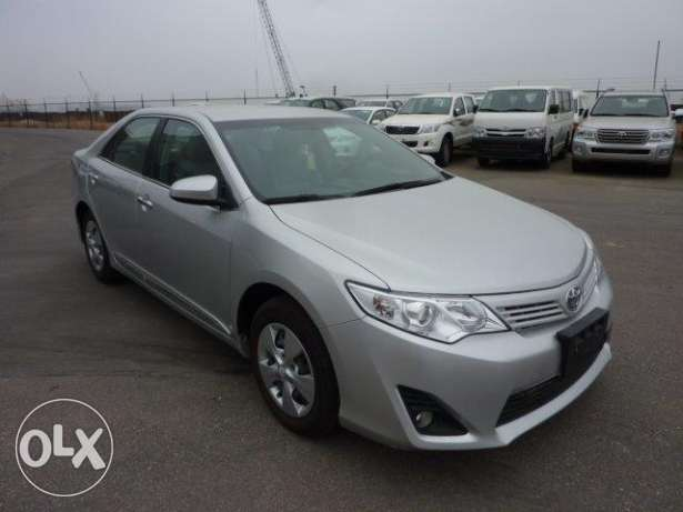 Toyota Camry Classic 2.5L Petrol / Essence automatique