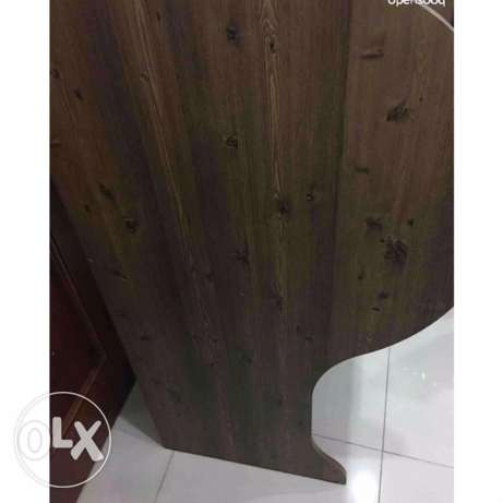 Wooden desk for studying(2 are available) السالمية -  3