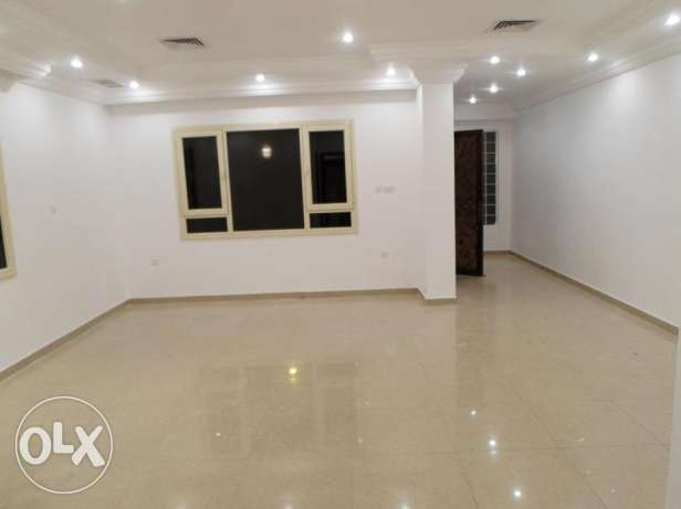 Beautiful and oversized 3 bedroom apartment for rent in mangaf.