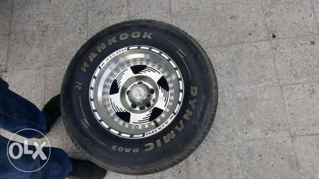 4 wheels 15 inch for 80 KD