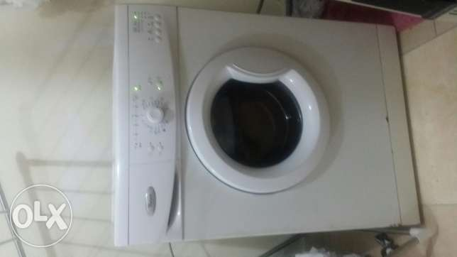 Whirlpool 6kg washing machine for sale