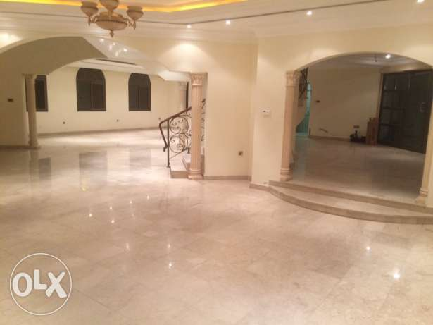 elegant big villa for rent in Mangaf