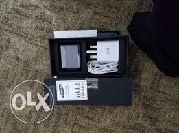 Samsung s7 edge charger n earphone of box for sale