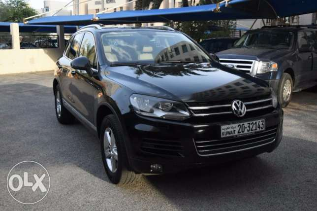 36000 KM Excellent Genuine Black Touareg, Special Model