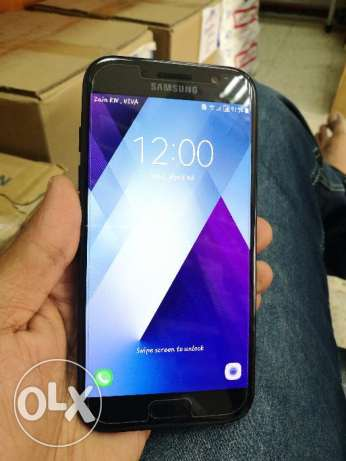Samsung A5 2017 front 16 mp with Bill