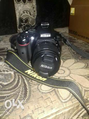 Brand new Nikon for sale with 64 gb sdcard