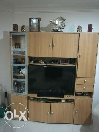 TV - bookcase - console