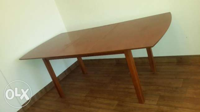 dining table مهبولة -  1