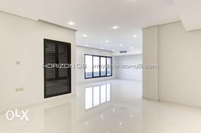 Lovely,big 4 bdr apartment on Shuhada