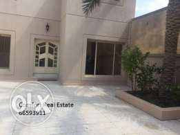 Pets friendly Ground floor in Bayan with big private Garden