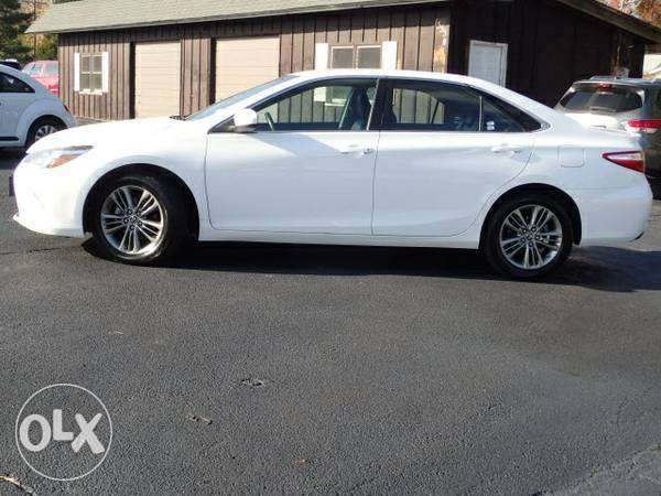 Toyota Camry 2015 [ SE Excellent Condition]