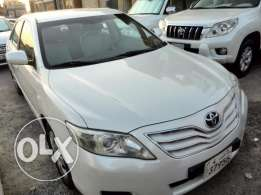 Toyota Camry 2011 pearl white